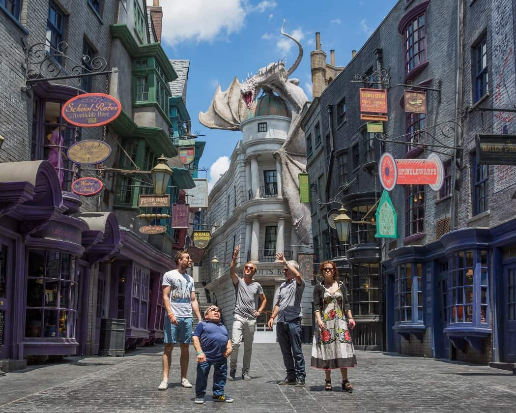 Harry Potter Stars Tour Diagon Alley_LR