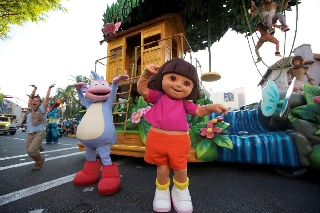 Universal's Superstar Parade - Dora - LR