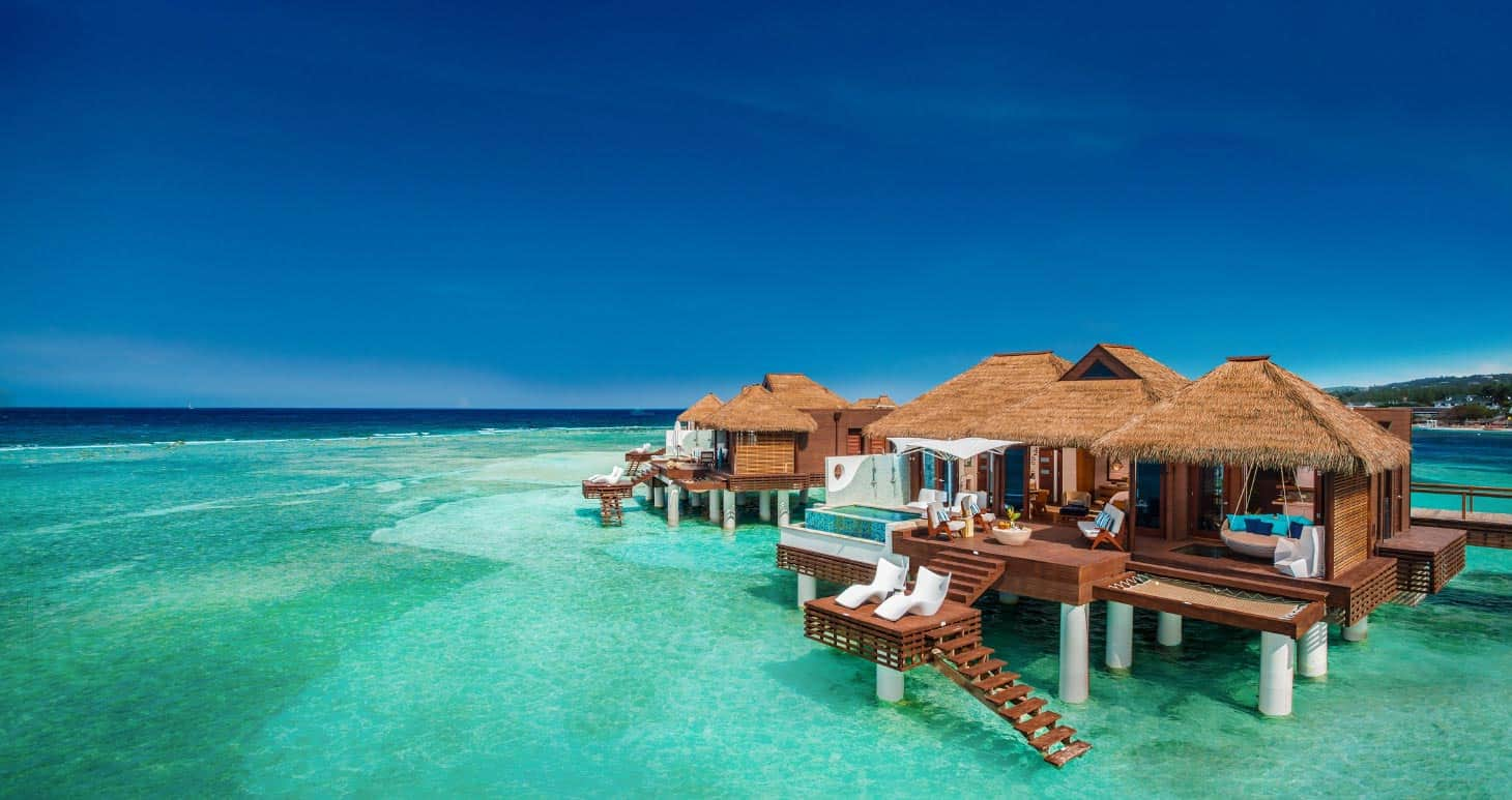 Water Villas   Living With The Magic