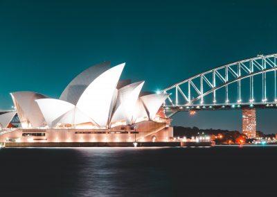 white-sydney-opera-house-2193300